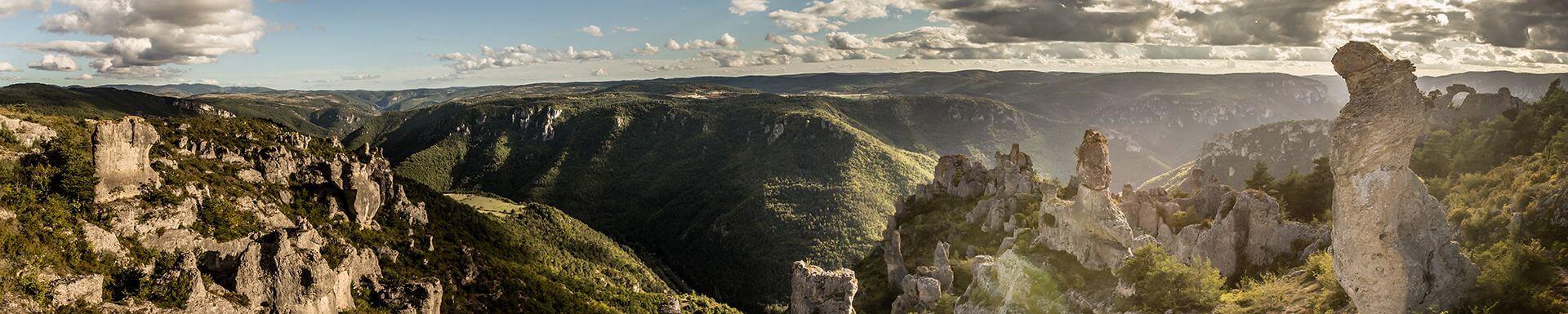 Larzac et ses vallées
